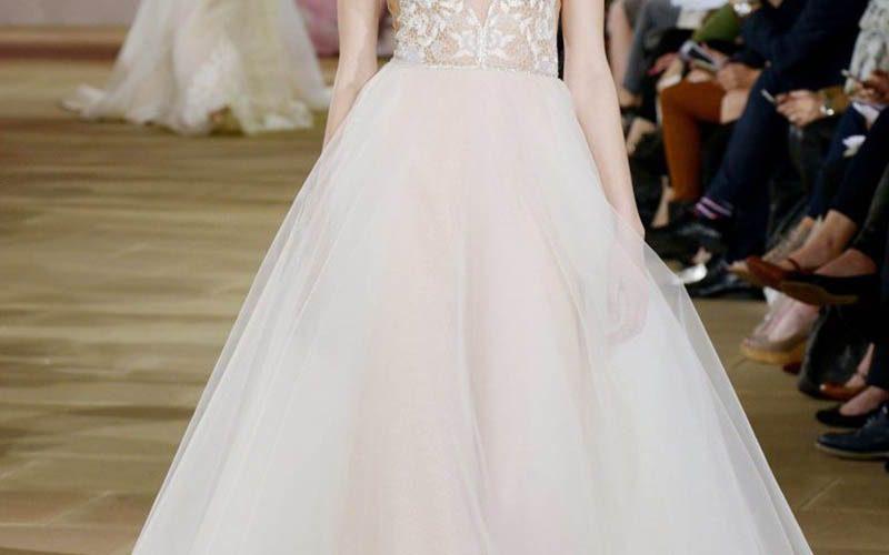 لباس عروس با دامن کلوش
