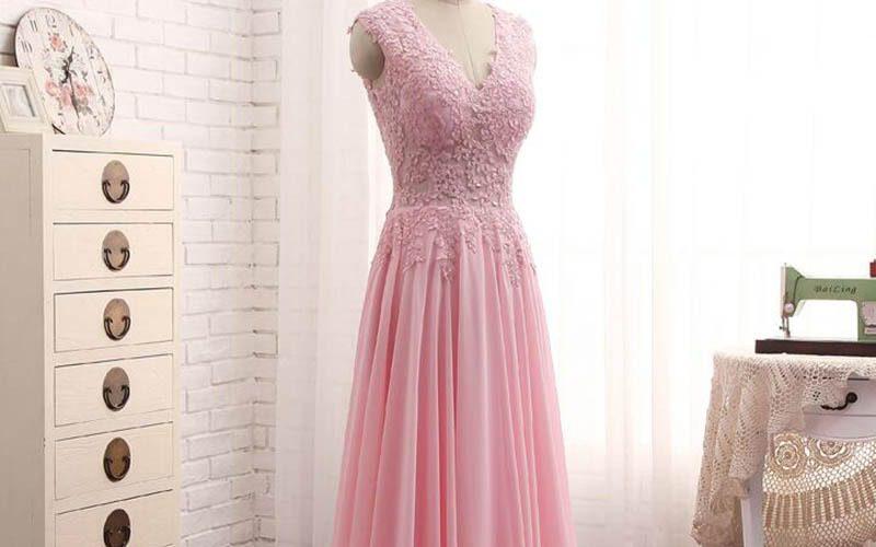 رنگ مناسب برای لباس بله برون